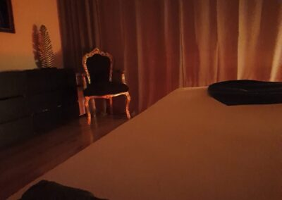 Salon-Diskret Ambiente Verführung auf dem Bett